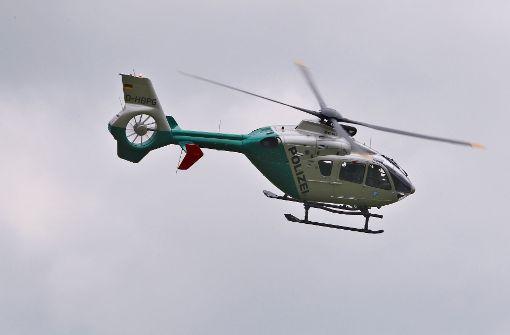 Hubschrauber sucht nach Supermarkträuber