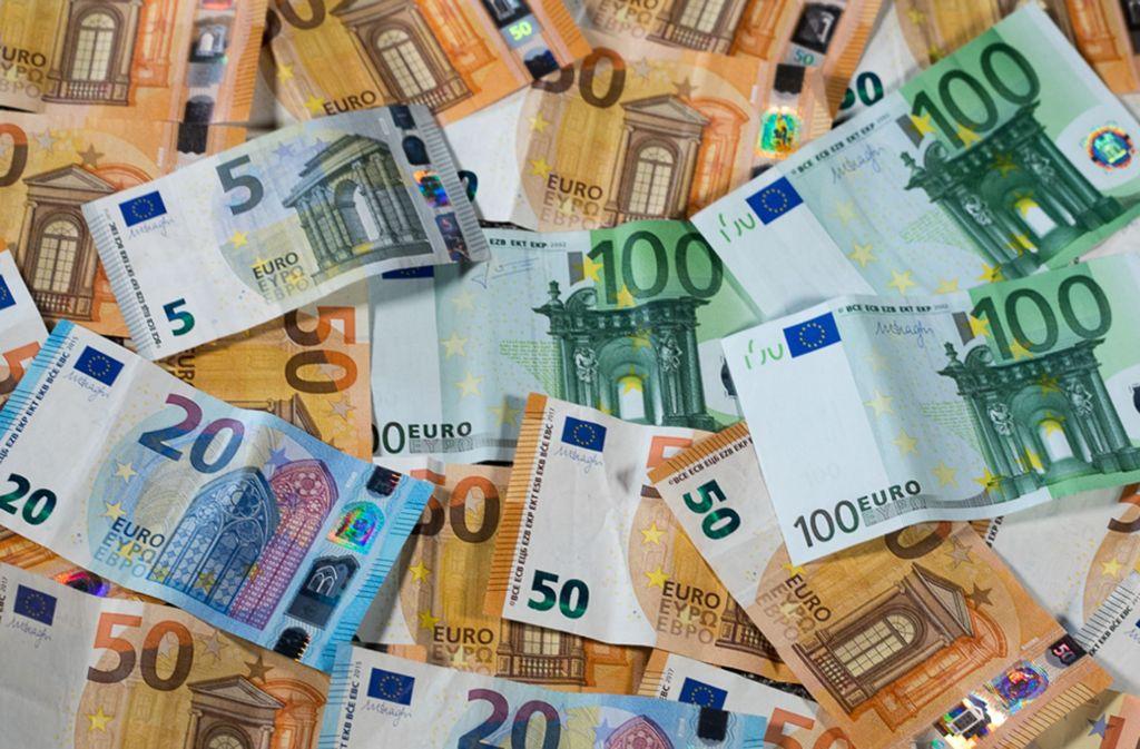 In Backnang wird über Steuererhöhungen gestritten. (Symbolbild) Foto: dpa/Jens Büttner
