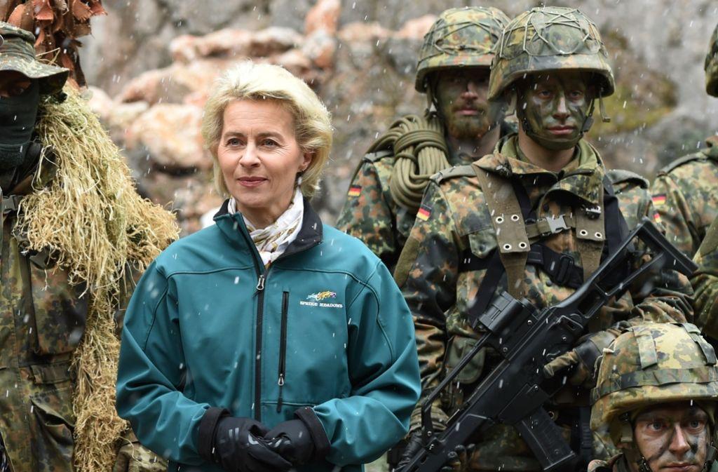 Aufstockung der Truppe um 7000 Soldaten: Verteidigungsministerin von der Leyen reagiert auf die veränderte Bedrohungslage. Foto: AFP