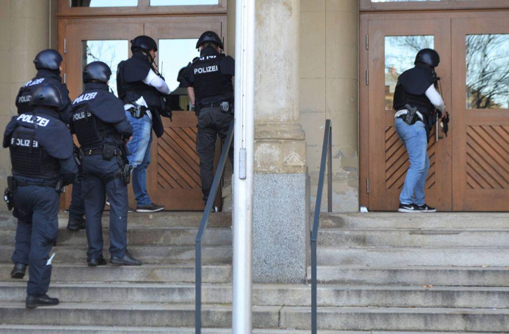 In Pforzheim gab es am Mittwoch einen großen Polizeieinsatz an einer Schule. Foto: 7aktuell.de/ igm/www.7aktuell.de/igm