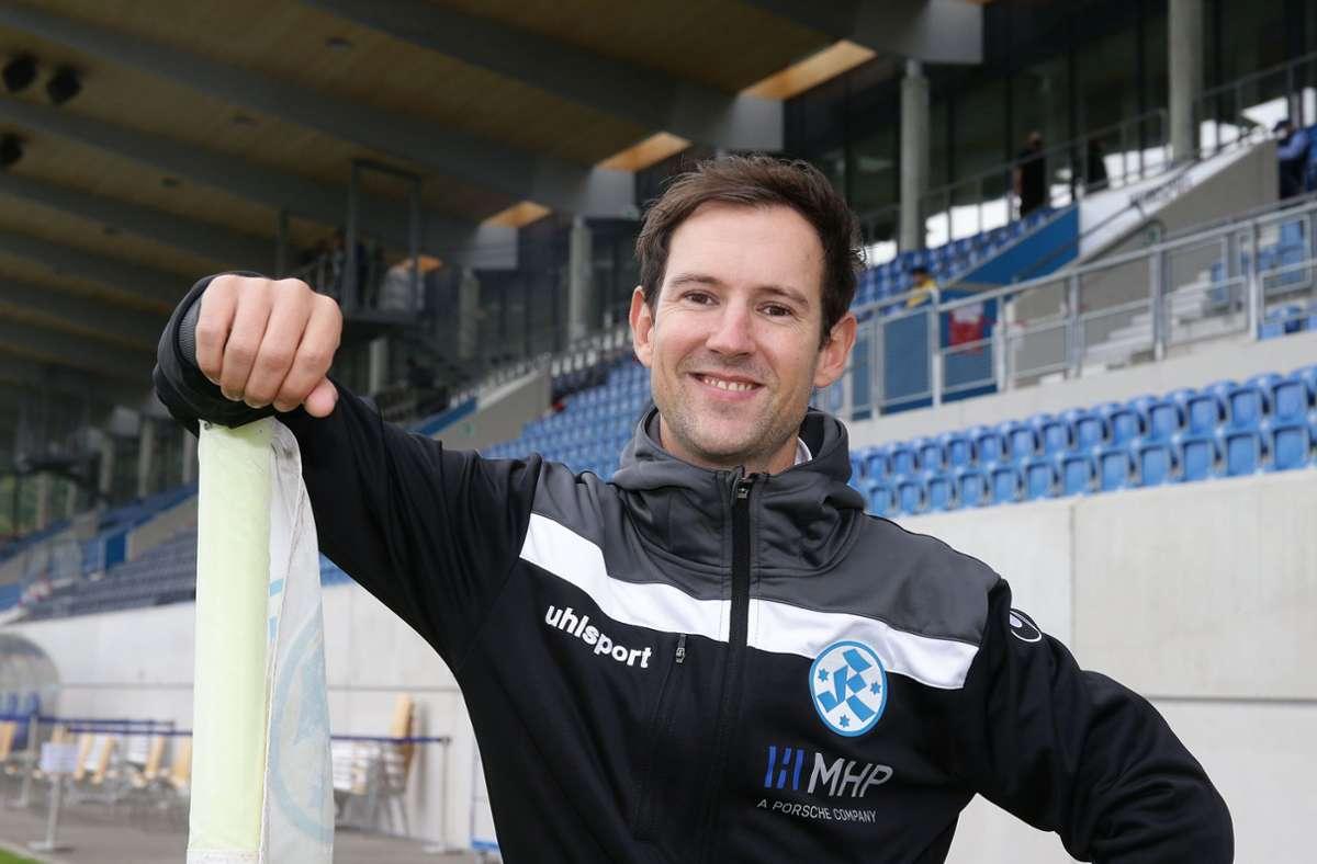 Ist bei den Stuttgarter Kickers richtig gut angekommen: Geschäftsführer Matthias Becher. Foto: Baumann