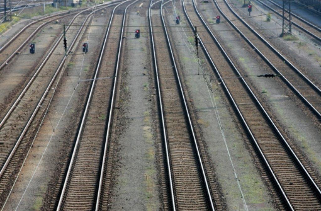 Die strecke der Höllentalbahn zwischen Buchenbach und Hinterzarten bleibt weiter gesperrt. (Symbolfoto) Foto: dpa