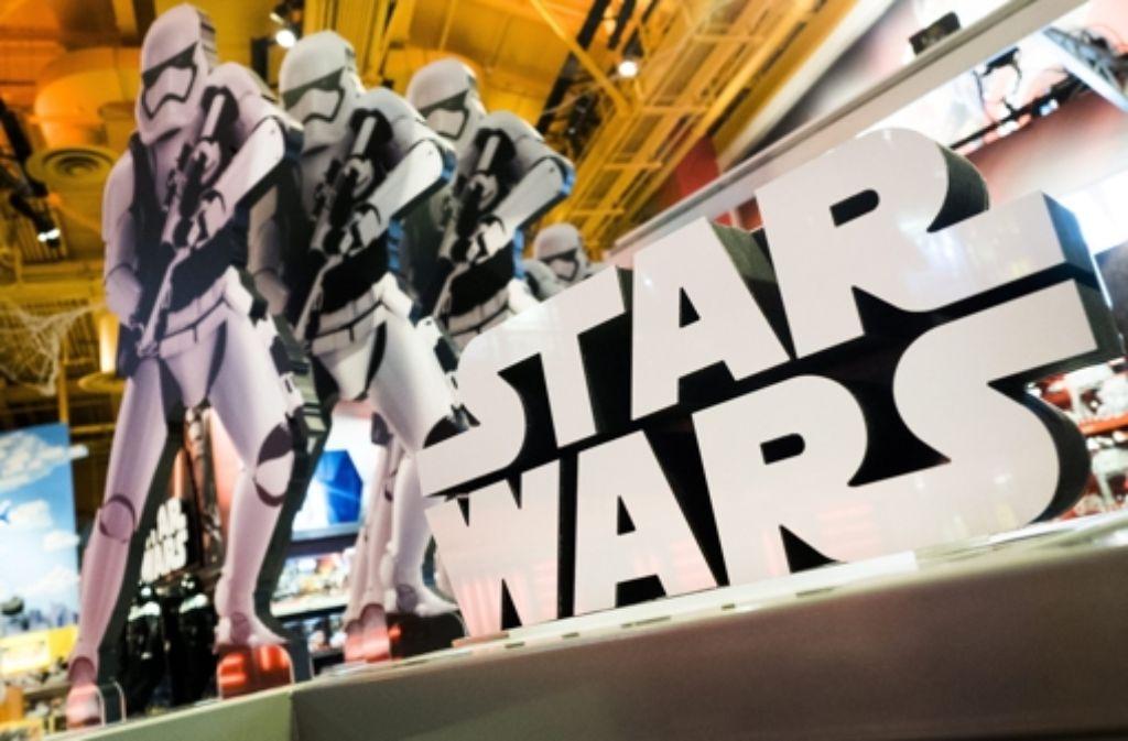 Ein todkranker Star Wars-Fan wünscht sich eine frühere Sondervorstellung des neuen Films. Foto: dpa
