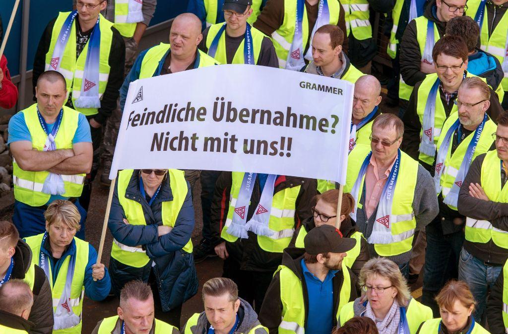 Am Mittwoch haben Beschäftigte gegen die Übernahme von Grammer demonstriert. Foto: dpa