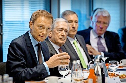 FDP und Unternehmer umschmeicheln sich