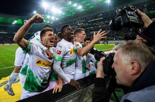 Ekstase in Gladbach! Borussia schlägt Bayern in der Nachspielzeit