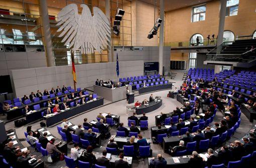 Neue Regeln für Abschiebungen und Einwanderung beschlossen