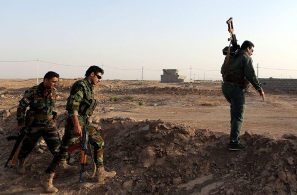 Kurdische Peshmerga-Kämpfer haben im Irak die Offensive gegen die Terrormiliz Islamischer Staat begonnen. (Archivbild) Foto: dpa
