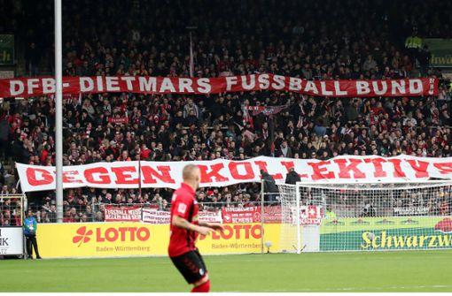 """""""Dietmars FußballBund"""": Die kreativen Provokationen der Fankurve"""