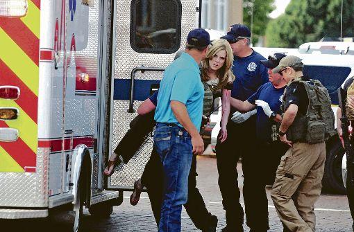 Tote und Verletzte nach Schüssen in US-Bücherei