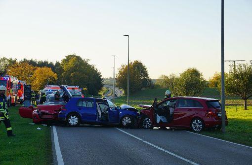 Schwerer Unfall fordert acht Verletzte