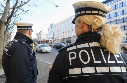 Die Polizei will klären, wer am Dienstag in Ebersbach an der Fils Schlachtabfälle auf eine Flüchtlingsunterkunft geworfen hat. Foto: Symbolfoto/dpa