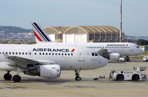 Fluglotsenstreik  sorgt für Behinderungen im Luftverkehr