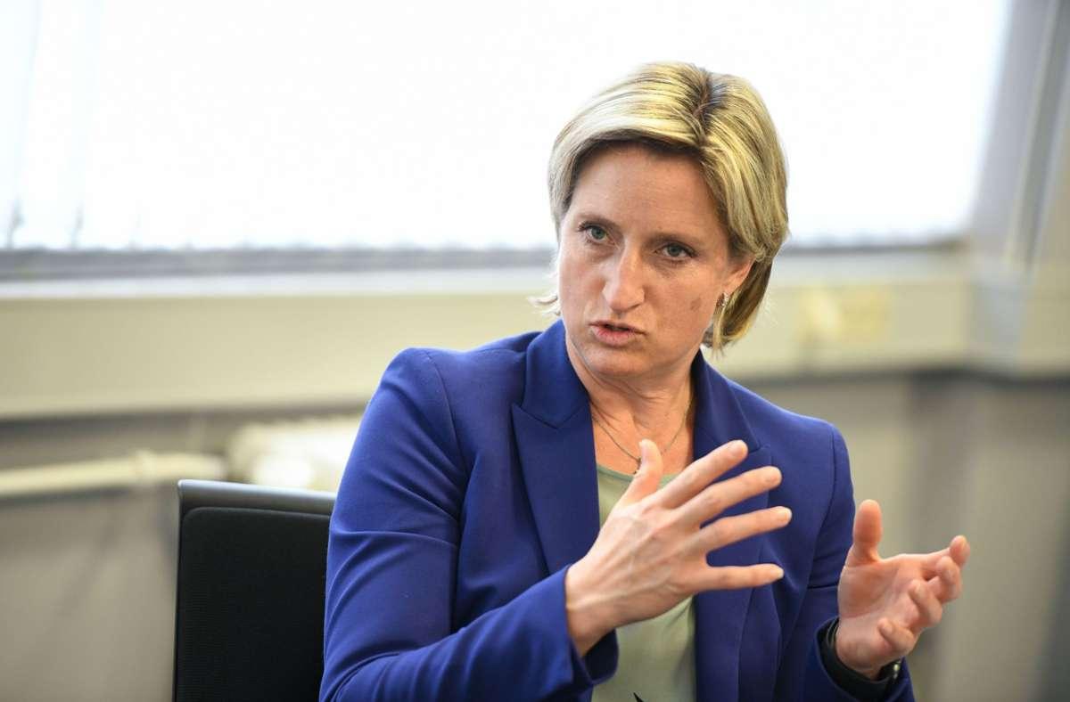 Wirtschaftsministerin Nicole Hoffmeister-Kraut hat Start-ups Hilfe zugesichert. Foto: Leif Piechowski/Leif Piechowski