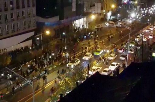 Zwölf Tote bei Protesten gegen die Regierung