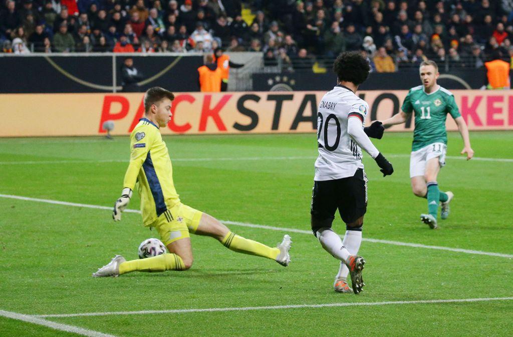 Drei Treffer im letzten EM-Qualifikationsspiel: Serge Gnabry und sein Tor zum 4:1. Foto: Baumann