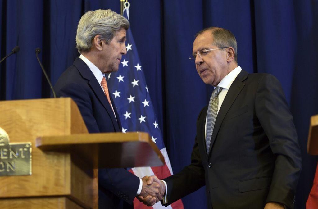 US-Außenminister John Kerry (links) und Russlands Außenminister Sergej Lawrow einigen sich auf eine Waffenruhe im Syrien-Konflikt. Foto: dpa