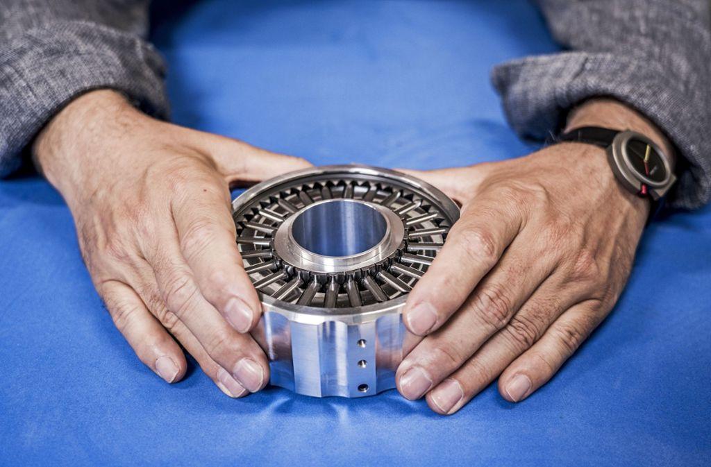 In diesem  völlig neuen Getriebe greifen viele Zahnräder gleichzeitig ineinander. Foto: Zukunftspreis