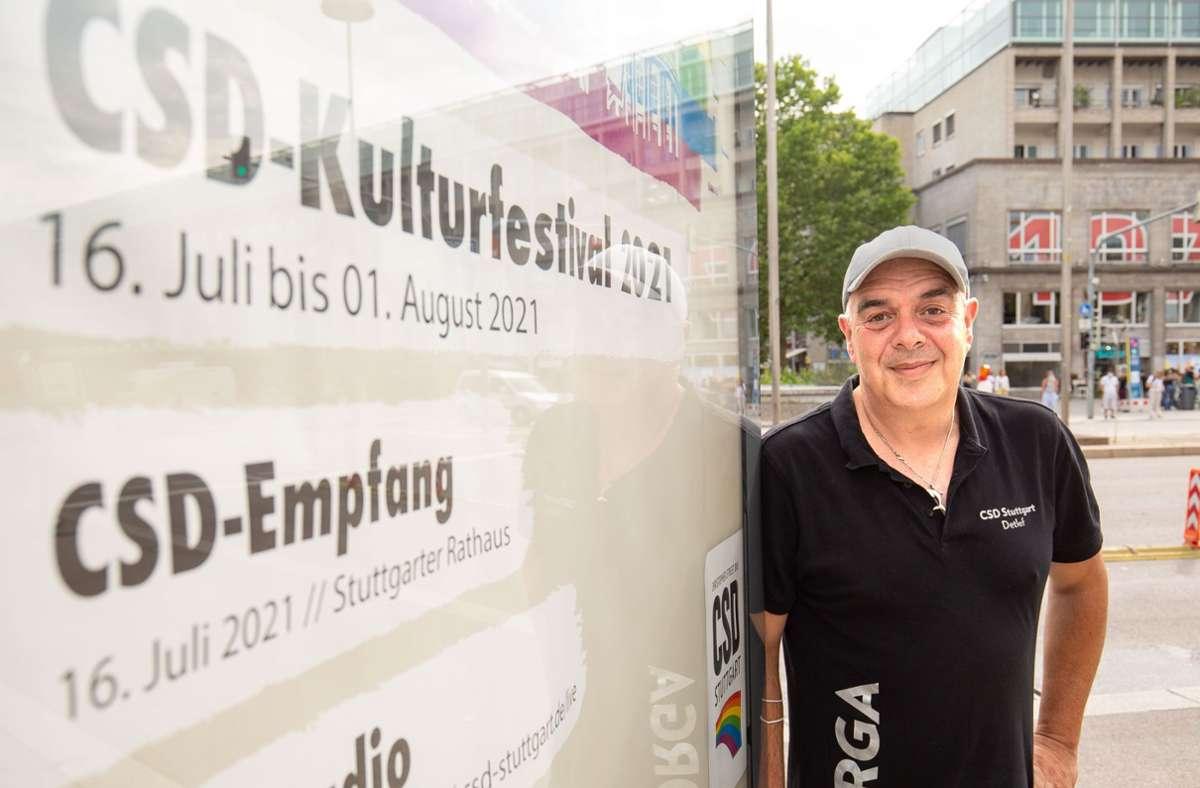 Detlef Raasch arbeitet als Pflegedienstleiter und engagiert sich ehrenamtlich an der Spitze des Stuttgarter CSD. Foto: Lichtgut/Leif /iechwoski
