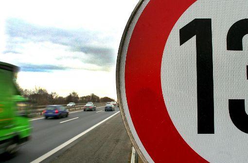 Autofahrer dürfen weiter aufs Gas drücken
