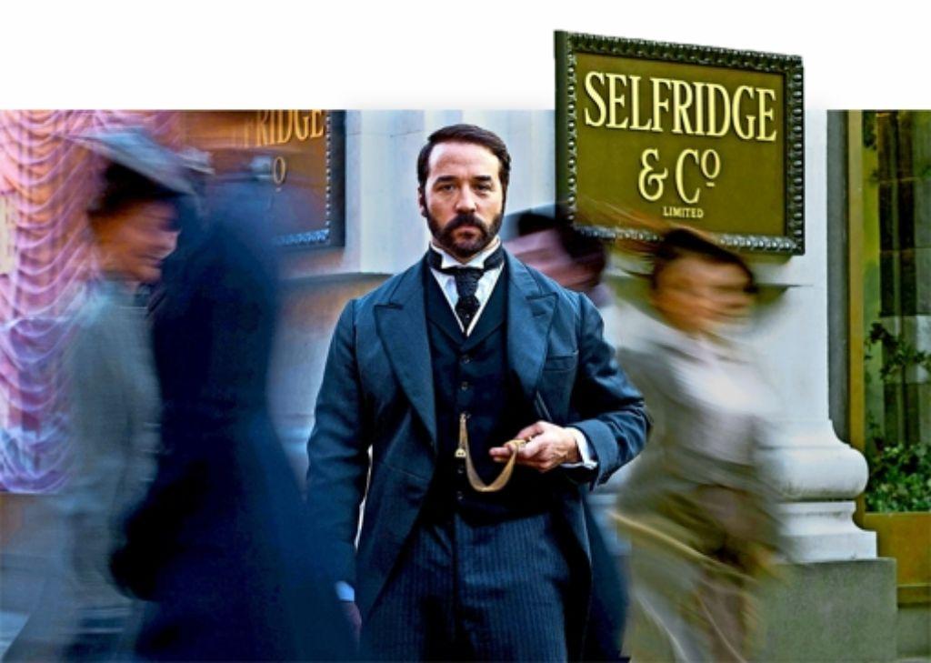 Der Unternehmer Harry Selfridge (Jeremy Piven) macht Einkaufen zu einem Erlebnis. Foto: ZDF