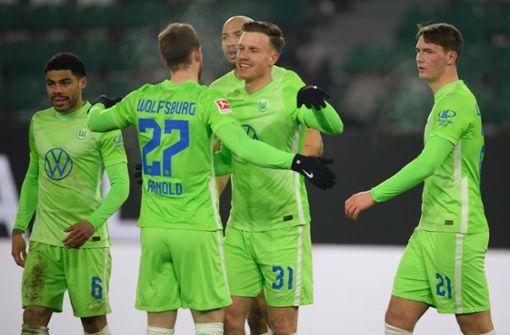 VfL Wolfsburg stürmt auf Platz drei