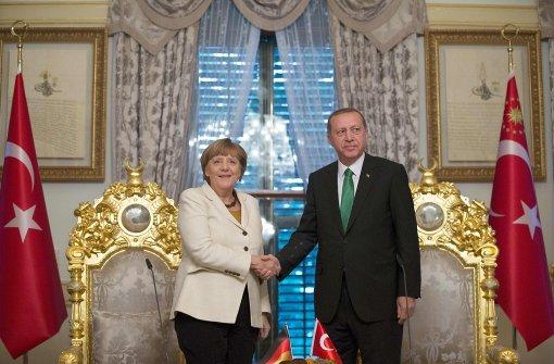Merkel sucht Gespräch mit Türkei