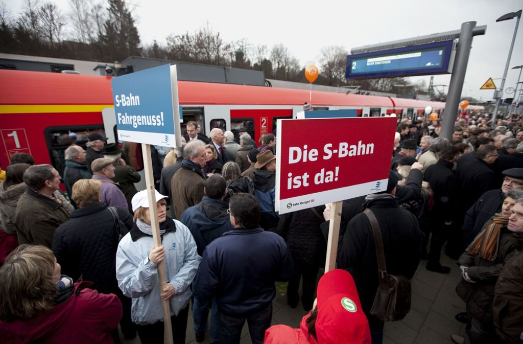 Der S-Bahn-Ausbau wie hier die Verlängerung nach Kirchheim/Teck verbucht die Regional-SPD auf ihrem Erfolgskonto. Foto: Horst Rudel