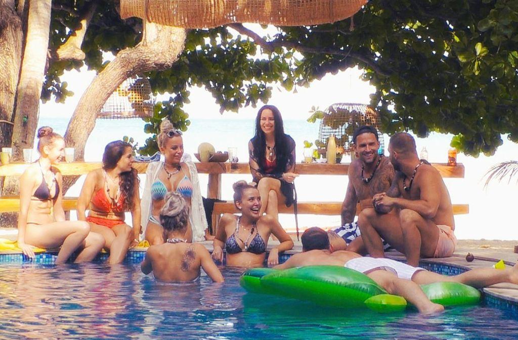 """Im RTL-Paradies bekommen die ehemaligen """"Bachelor""""-Kandidatinnen und """"Bachelorette""""-Kandidaten eine zweite Chance für die Liebe. Foto: TVNOW"""