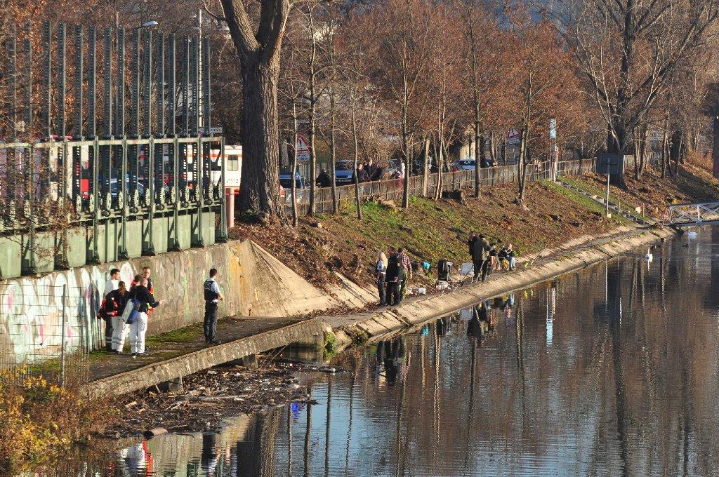 Ein Leichenfund in Stuttgart-Untertürkheim beschäftigt die Polizei. Foto: Andreas Rosar Fotoagentur-Stuttgart