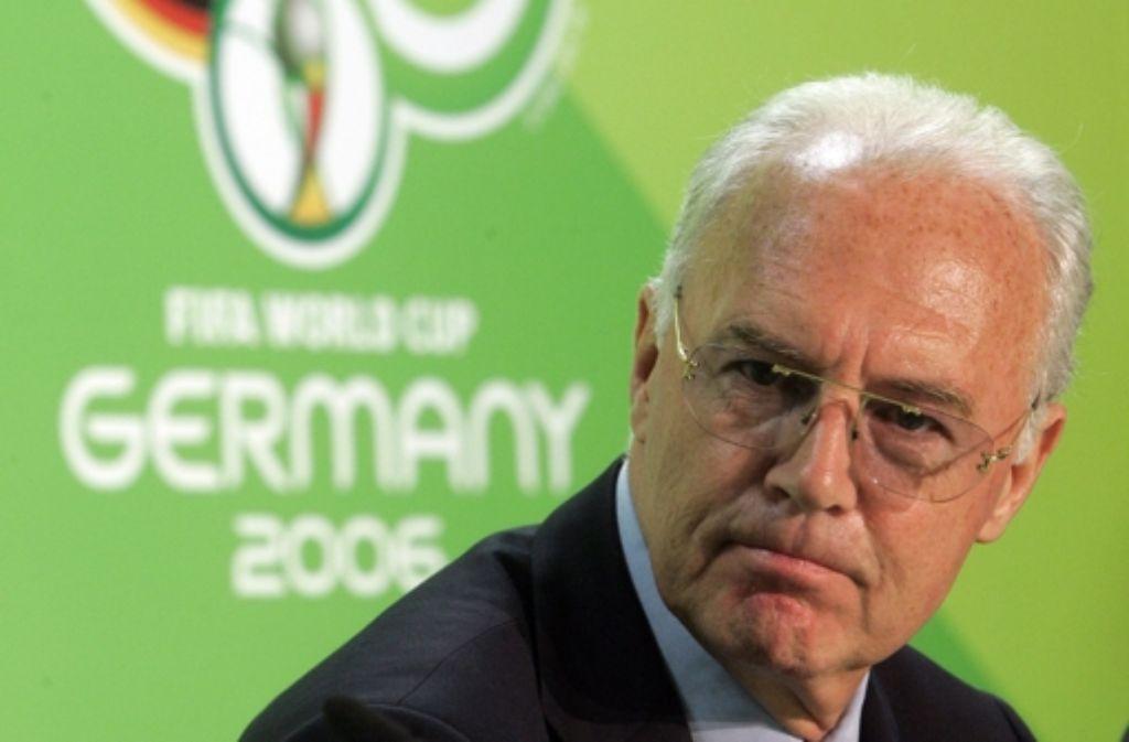 Franz Beckenbauer war zuletzt durch seine Verwicklung in den Skandal um die Fußball-WM 2006 heftig in die Kritik geraten. Foto: AP