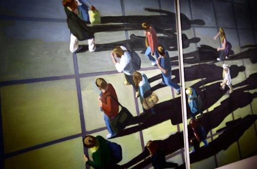 In Klaus Fischers Bildern spielen Schatten eine wichtige Rolle. Foto: Gottfried Stoppel