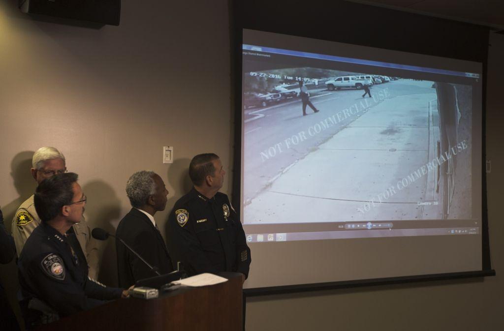 Bei San Diego haben Polizisten einen unbewaffneten Mann erschossen. Nun wurde ein Video zu dem Vorfall veröffentlicht. Foto: AFP