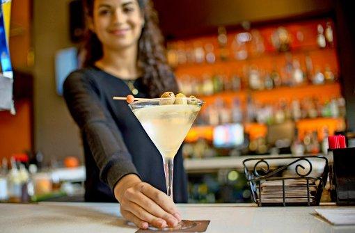 Auf einen Drink an der Bar