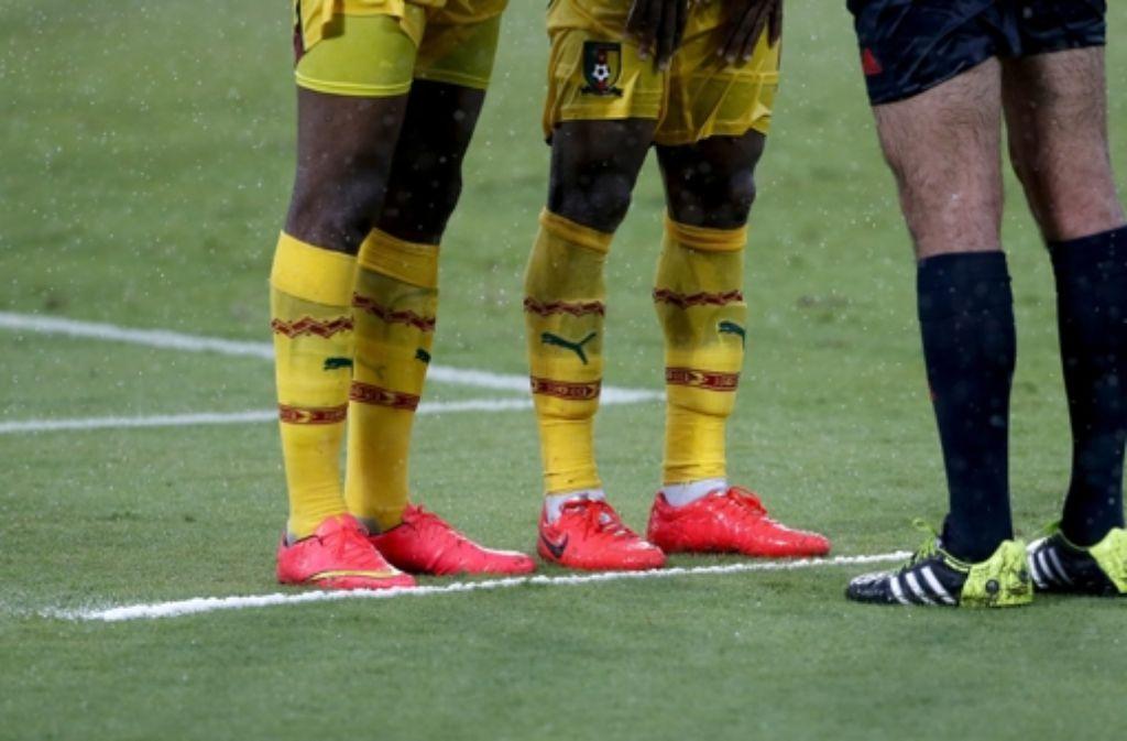 Schwarze Kickstiefel tragen bei der WM in Brasilien nur noch