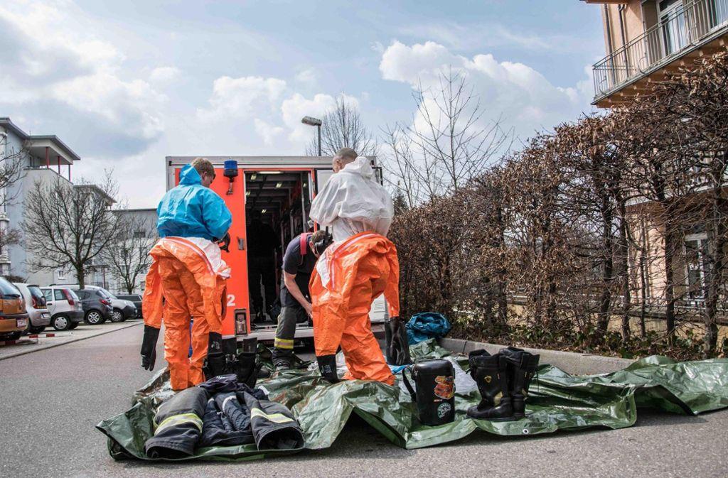 Die Feuerwehr ist mit Schutzanzügen im Einsatz gewesen. Foto: 7aktuell.de/Marc Gruber