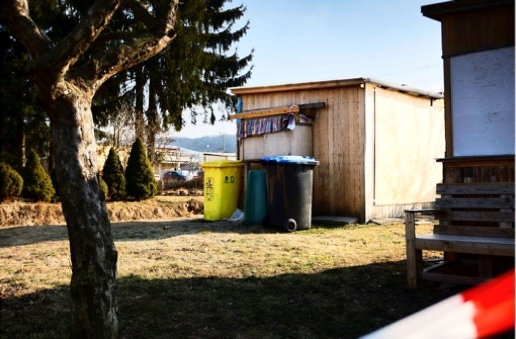 In dieser Gartenhütte ist die 26-jährige Frau ermordet worden Foto: Stoppel/Archiv
