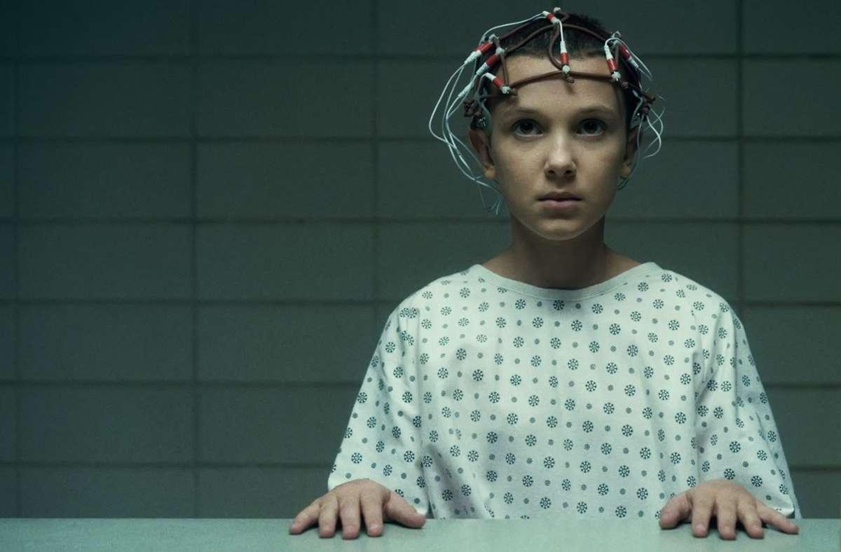 """""""Elfie"""" (Millie Bobby Brown) besitzt besondere Kräfte. Foto: Courtesy of Netflix/Courtesy of Netflix"""