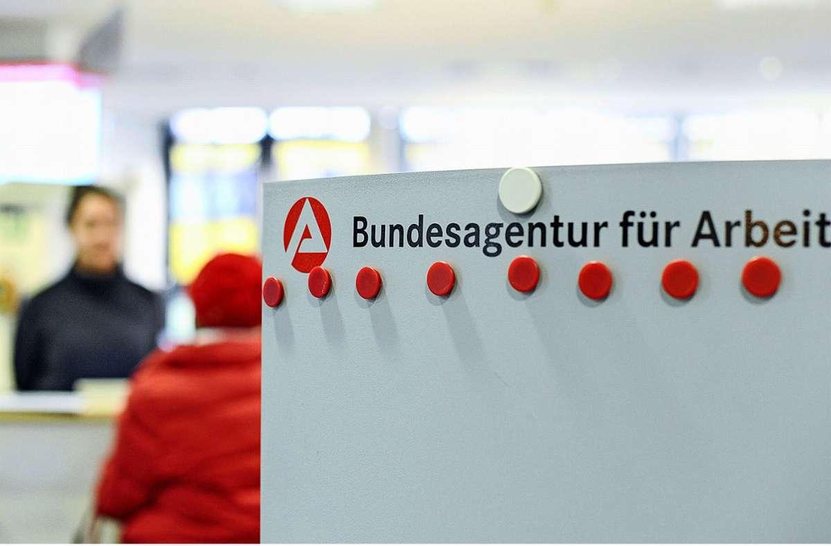 Die Zahl der Arbeitslosen in Deutschland steigt weiter. (Symbolbild) Foto: dpa/Larissa Schwedes