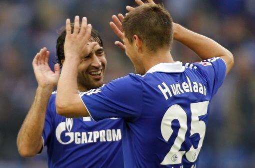 Raúl schießt Schalke zum Sieg