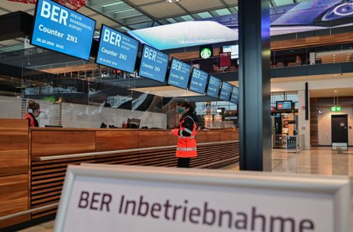 Hauptstadtflughafen öffnet – doch die Probleme bleiben