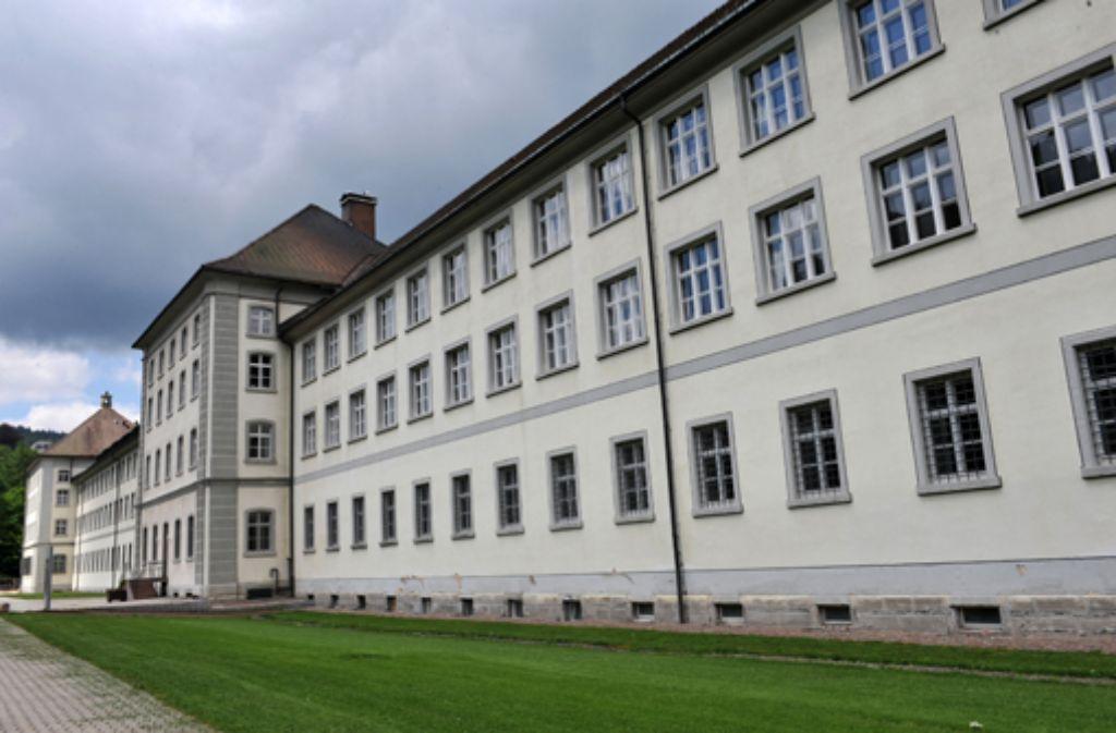 Im Kloster von St. Blasien ist das Jesuitenkolleg untergebracht, an dem einer der wegen sexuellen Missbrauchs in Verdacht geratenen Patres tätig war. Foto: dpa