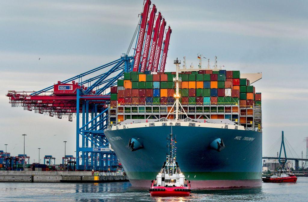Anleger investierten in  Schiffscontainer – die es teilweise gar nicht gab. Foto: dpa/Axel Heimken
