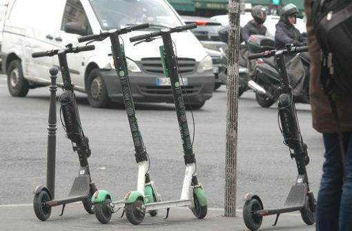 E-Scooter werden in Paris zu Plage
