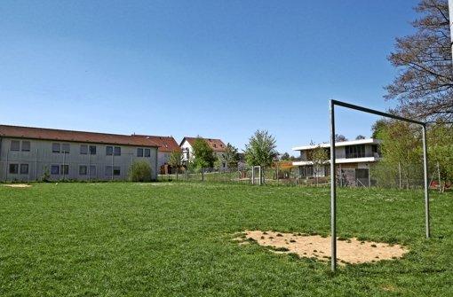 Asyl-Wohnungen statt Bolzplatz?