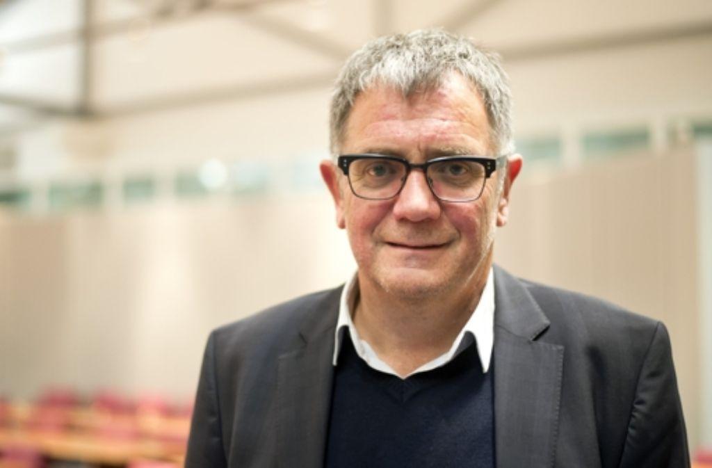 Früher war Roland Eitel  Sportredakteur der Stuttgarter Zeitung und Pressesprecher des VfB Stuttgart. Seit 1995 berät er Bundestrainer Joachim Löw. Foto: dpa