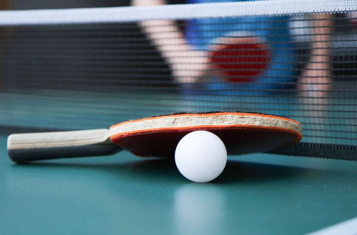 Diese Regeln gelten beim Sport draußen und drinnen. (Symbolbild) Foto: imago images/Fleig/Eibner-Pressefoto