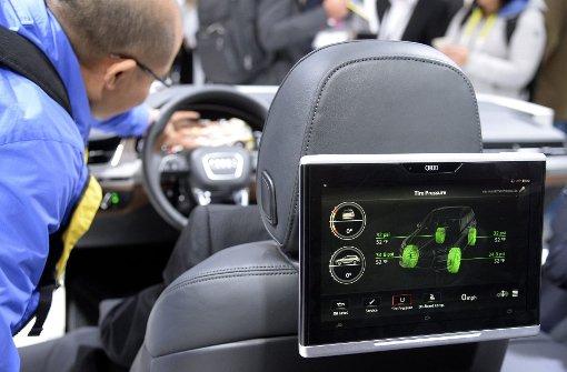 Auch Tablets sollen für Autofahrer tabu sein