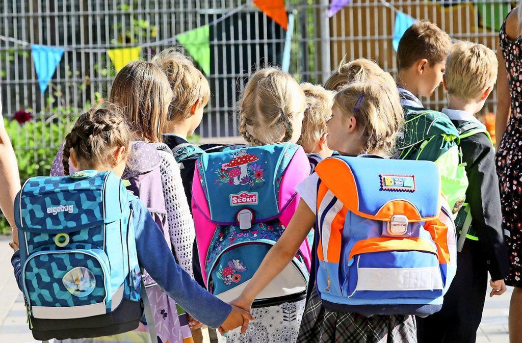 Bisher gibt es keine Grundschule in Oberaichen. Bereits die ganz Kleinen müssen zur Schule pendeln. Foto: dpa