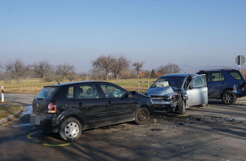 Drei Fahrzeuge waren an dem Crash beteiligt. Foto: SDMG// Woelfl